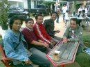 Nyingkur dilembur Batur